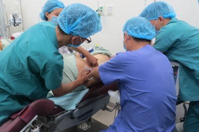 những điều cần biết khi lựa chọn phương pháp gây tê ngoài màng cứng (đẻ không đau)